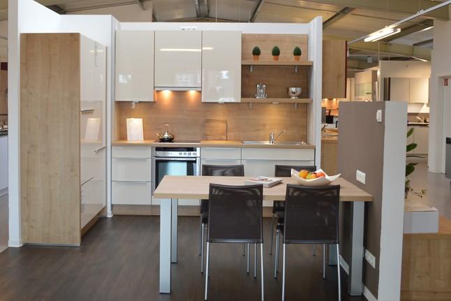 beautiful nobilia k che primo contemporary die sch nsten einrichtungsideen. Black Bedroom Furniture Sets. Home Design Ideas