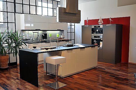 warendorf musterk che aus musterk chen abverkauf. Black Bedroom Furniture Sets. Home Design Ideas