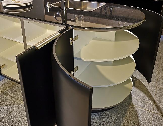 Rational-Musterküche Exklusive Designerküche in Mattschwarz Softlack ...