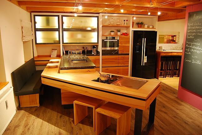Schreinerküche sonstige musterküche schreinerküche kernbuche ausstellungsküche in