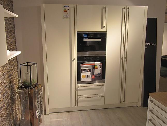 next125 musterk che design k che wei matt ausstellungsk che in h nfeld von m bel wirth gmbh. Black Bedroom Furniture Sets. Home Design Ideas