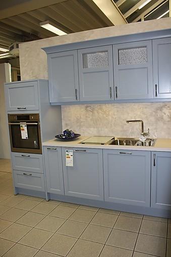 h cker musterk che klassische landhausk che in strahlendem blau ausstellungsk che in bensheim. Black Bedroom Furniture Sets. Home Design Ideas