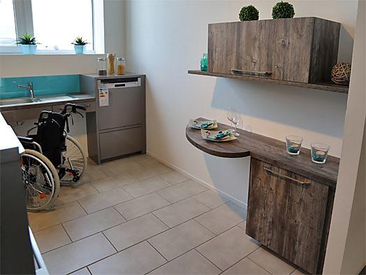 rational musterk che barrierefreie l k che zum sonderpreis ausstellungsk che in offenburg von. Black Bedroom Furniture Sets. Home Design Ideas