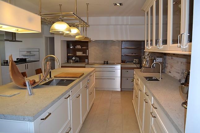 siematic musterk che landhaus ausstellungsk che in konstanz von fretz wohn und k chendesign. Black Bedroom Furniture Sets. Home Design Ideas