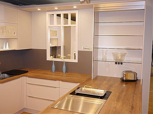 selektion d musterk che umfangreiche u k che mit speisekammer ausstellungsk che in teising von. Black Bedroom Furniture Sets. Home Design Ideas