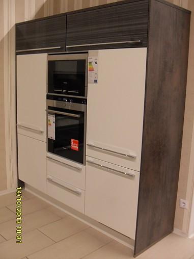 Nobilia Musterküche Design Einbauküche Highlight Ausstellungsküche in Frechen von KüchenTreff
