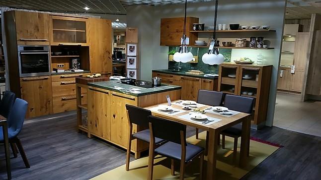 team 7 musterk che moderne landhausk che aus massivholz ausstellungsk che in blankenhain von by. Black Bedroom Furniture Sets. Home Design Ideas