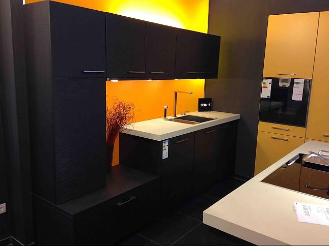 leicht musterk che leicht ausstellungsk che in itzstedt von creativ k chen design. Black Bedroom Furniture Sets. Home Design Ideas