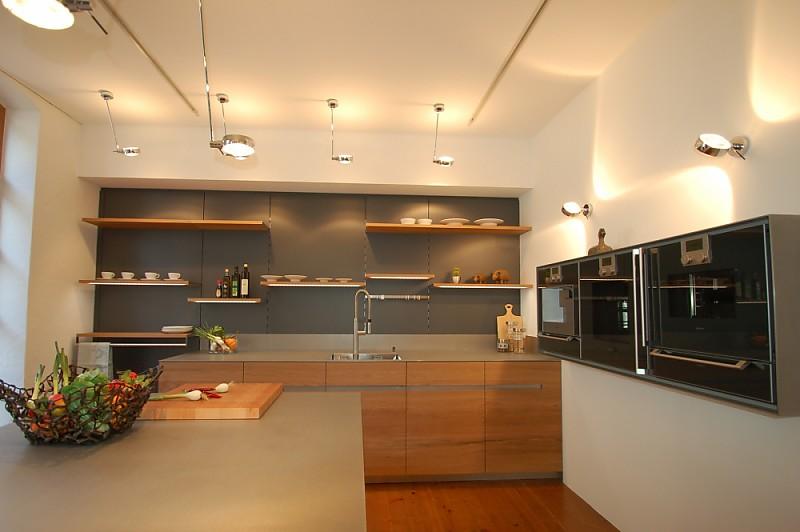 Küchenlounge Enrico Lang ~ front aus massiven 3 schichtplatten auf gehrung, massive