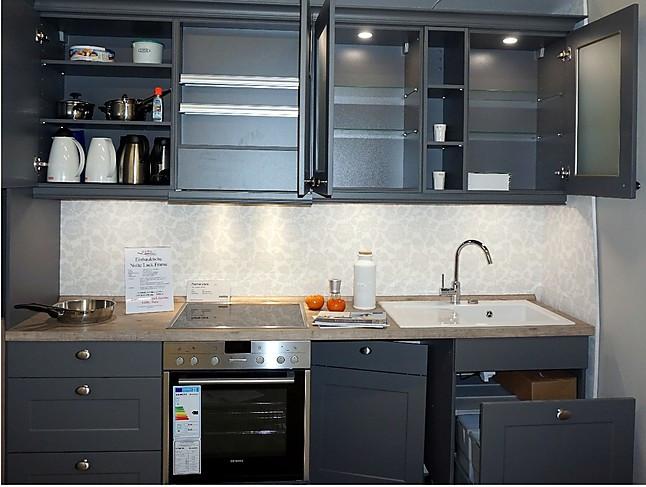 nolte musterk che hochwertige nolte landhausk che frame mit matt quarzgrau lackierter front 300. Black Bedroom Furniture Sets. Home Design Ideas