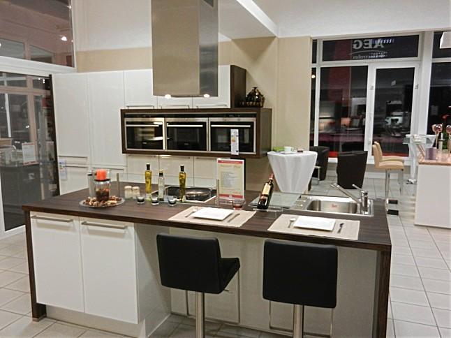 nobilia musterk che nobilia inc siemens dampfgarer. Black Bedroom Furniture Sets. Home Design Ideas