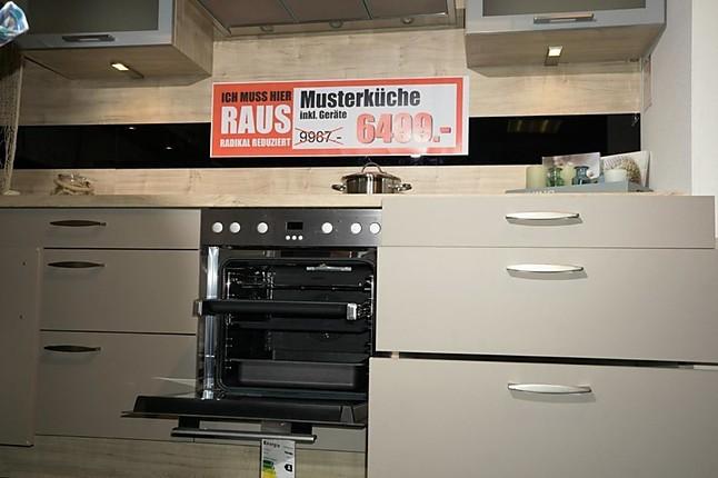Wellmann Musterküche Standort Cham Ausstellungsküche In Cham Frey Küchen Welten wellmann musterküche standort weiden klassische küche für jeden tag ausstellungsküche in cham