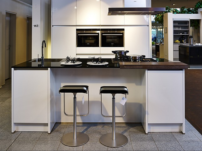 kchen nordhorn finest kche mit zum verkaufen in nordhorn with kchen nordhorn nordhorn vorschau. Black Bedroom Furniture Sets. Home Design Ideas