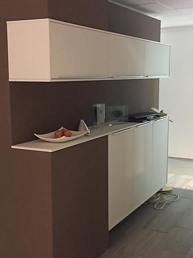 sonstige musterk che glask che mit corian arbeitsplatte ausstellungsk che in balingen von fs. Black Bedroom Furniture Sets. Home Design Ideas