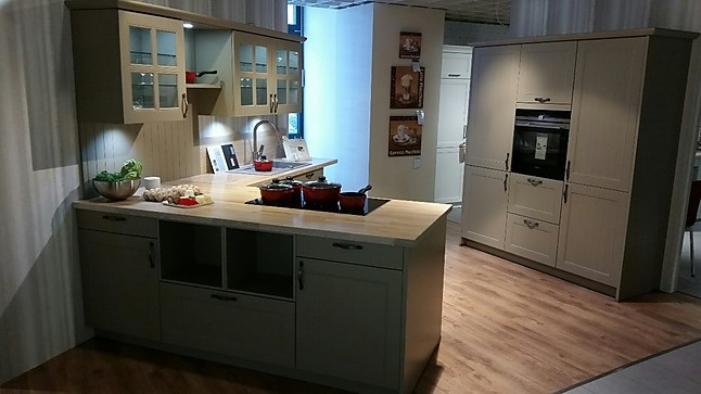 Sachsen Küchen sachsenküchen musterküche landhausküche mattlack olivgrau