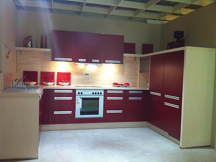 nobilia musterk che pia in matt rot ausstellungsk che in. Black Bedroom Furniture Sets. Home Design Ideas