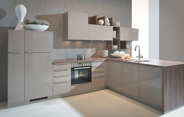 nolte musterk che moderne planung ausstellungsk che in. Black Bedroom Furniture Sets. Home Design Ideas