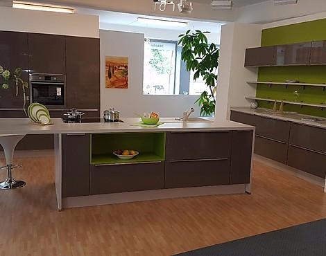 musterk chen neueste ausstellungsk chen und musterk chen seite 15. Black Bedroom Furniture Sets. Home Design Ideas
