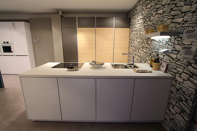 top leicht k che mit insel bulthaup glas eiche taupe np ebay. Black Bedroom Furniture Sets. Home Design Ideas