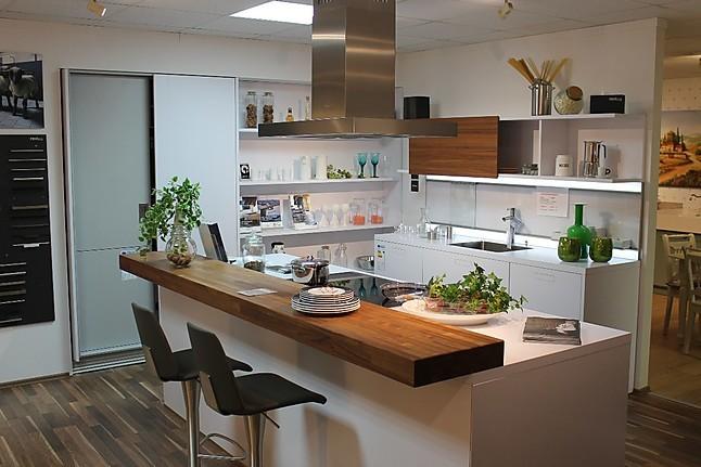 Next125   NX850 Moderne Weiße Küche, Hochschränke Mit Einschubtüren
