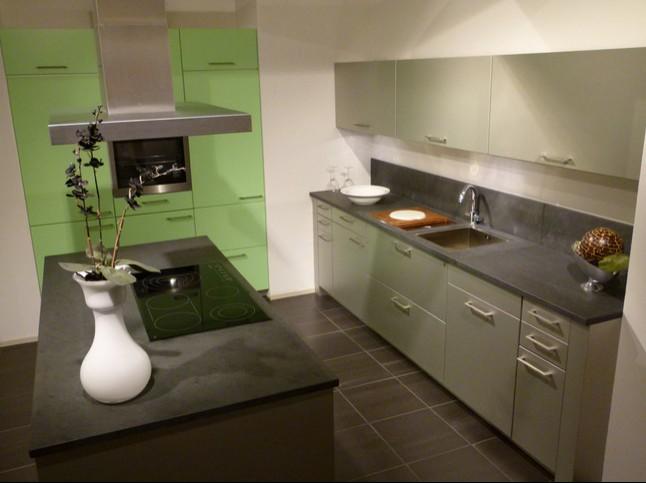 zeyko musterk che exklusiv mit frischer farbgestaltung ausstellungsk che in koblenz von. Black Bedroom Furniture Sets. Home Design Ideas
