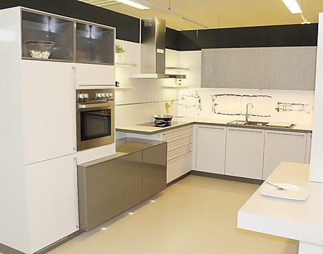 musterk chen von bauformat angebots bersicht g nstiger ausstellungsk chen. Black Bedroom Furniture Sets. Home Design Ideas