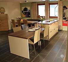 musterk che abverkauf in b umenheim ausstellungsk che in asbach b umenheim von himmlisch wohnen. Black Bedroom Furniture Sets. Home Design Ideas
