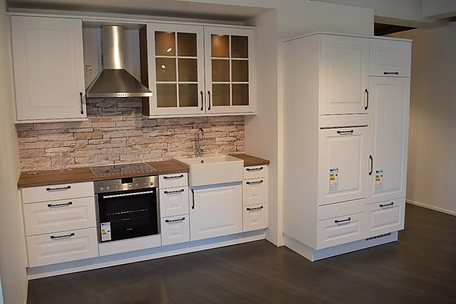 nobilia musterk che wundersch ne k chenzeile von nobilia. Black Bedroom Furniture Sets. Home Design Ideas