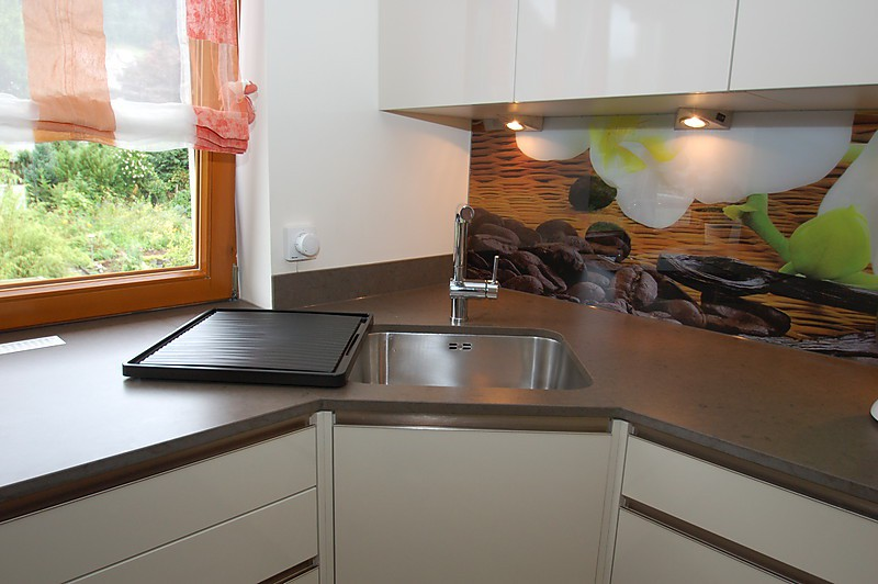 individuell bedruckte glasr ckwand kunststein und. Black Bedroom Furniture Sets. Home Design Ideas