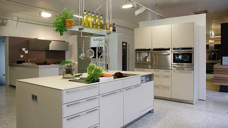 Ausstellungsküchen Abverkauf Ikea ~ bulthaup Laminat mit Aluminiumkante Ausstellungsküchen  Abverkauf