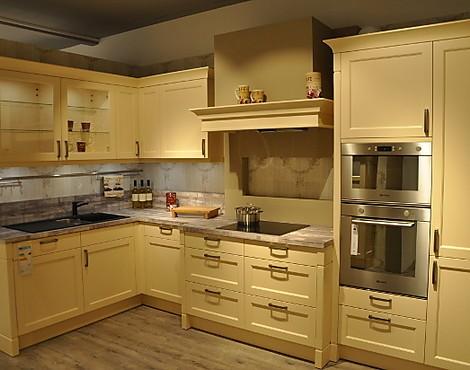 musterk chen neueste ausstellungsk chen und musterk chen seite 24. Black Bedroom Furniture Sets. Home Design Ideas