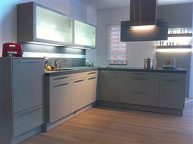 warendorf musterk che warendorf musterk che sahara. Black Bedroom Furniture Sets. Home Design Ideas