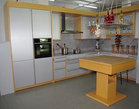 Abverkaufsküchen nürnberg  Musterküchen: Neueste Ausstellungsküchen und Musterküchen (Seite 159)