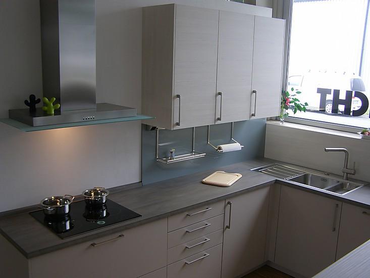 h cker musterk che musterk che kaschmir pinie magnolie ausstellungsk che in gernsheim von. Black Bedroom Furniture Sets. Home Design Ideas