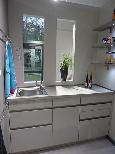 rempp musterk che k chenzeile mit insel arbeitsraum und. Black Bedroom Furniture Sets. Home Design Ideas