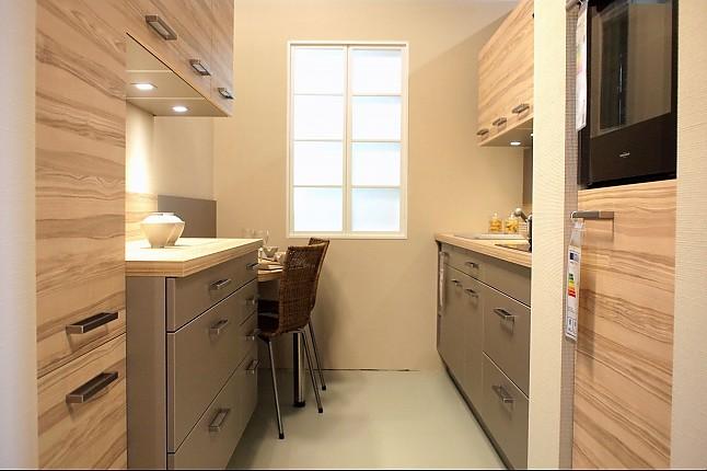 sachsenk chen musterk che kleine aber fein kernesche m. Black Bedroom Furniture Sets. Home Design Ideas