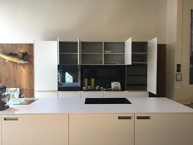 next125 musterk che next 125 nx 130 kristallwei ausstellungsk che in schorndorf von. Black Bedroom Furniture Sets. Home Design Ideas