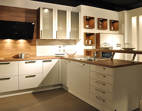 musterk chen der k chenmacher gmbh co kg in nettetal. Black Bedroom Furniture Sets. Home Design Ideas