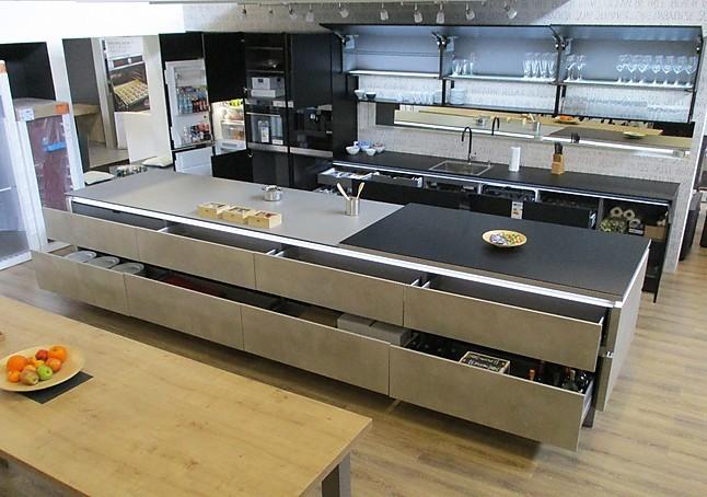 Arbeitsplatte kuche klappbar for Arbeitsplatte nolte kuchen