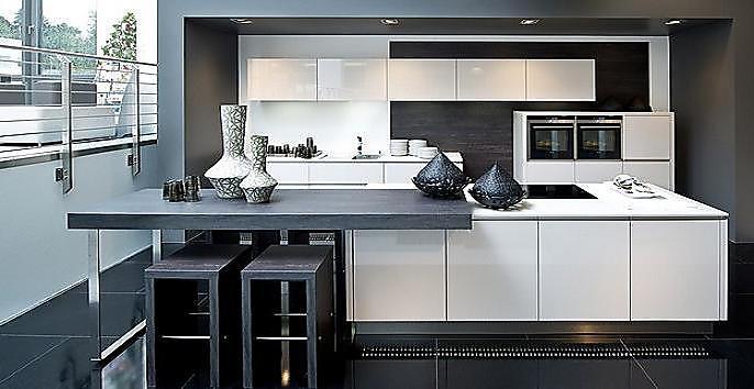Nolte-Musterküche Angebotsküche – Weltneuheit von Nolte Matrix Art – grifflose Designküche ...