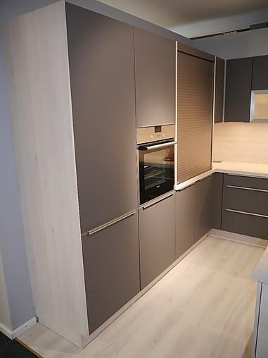 selektion d musterk che l k che mit kochinsel ausstellungsk che in teising von kkl k chen. Black Bedroom Furniture Sets. Home Design Ideas