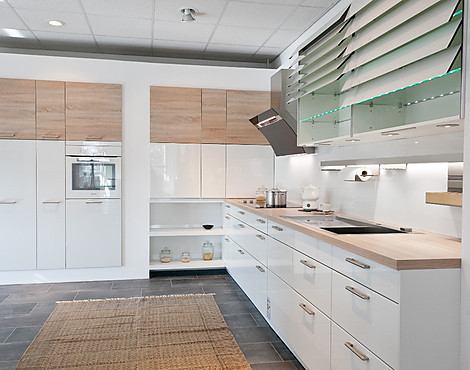 musterk chen von h cker angebots bersicht g nstiger. Black Bedroom Furniture Sets. Home Design Ideas