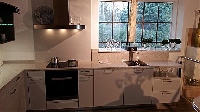 h cker musterk che systemat av6000 ausstellungsk che in. Black Bedroom Furniture Sets. Home Design Ideas