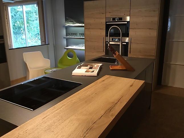 Beckermann Musterkuche Moderne Holzkuche Ausstellungskuche In