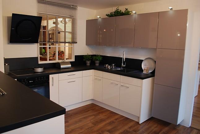 nobilia musterk che aus musterk chen abverkauf ausstellungsk che in von. Black Bedroom Furniture Sets. Home Design Ideas
