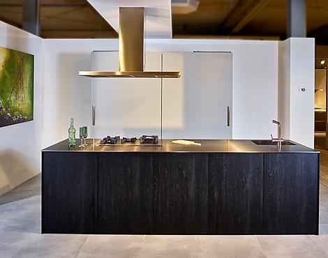 musterk chen neueste ausstellungsk chen und musterk chen seite 76. Black Bedroom Furniture Sets. Home Design Ideas