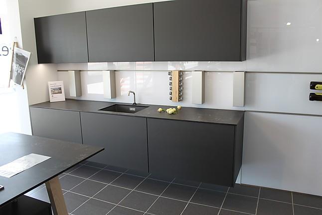 next125 musterk che abverkauf in landsberg. Black Bedroom Furniture Sets. Home Design Ideas