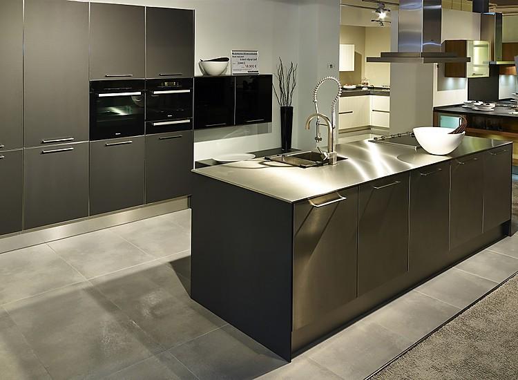 nieburg musterk che designk che in zeitlosem anthrazit mit edelstahlarbeitsplatte. Black Bedroom Furniture Sets. Home Design Ideas