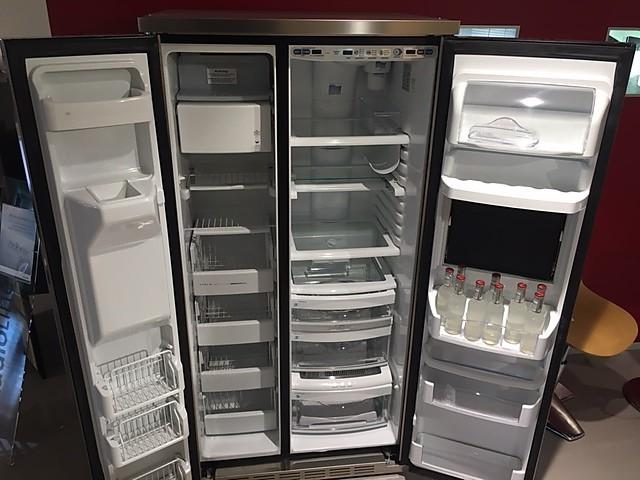 Amerikanischer Kühlschrank General Electric : Kühlschrank ge food center new age freistehendes kühlgerät