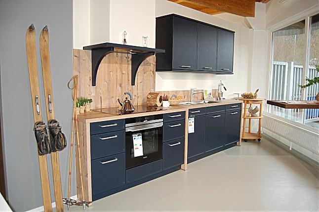 sch ller musterk che moderne landhausk che indigoblau satinlack ausstellungsk che in. Black Bedroom Furniture Sets. Home Design Ideas